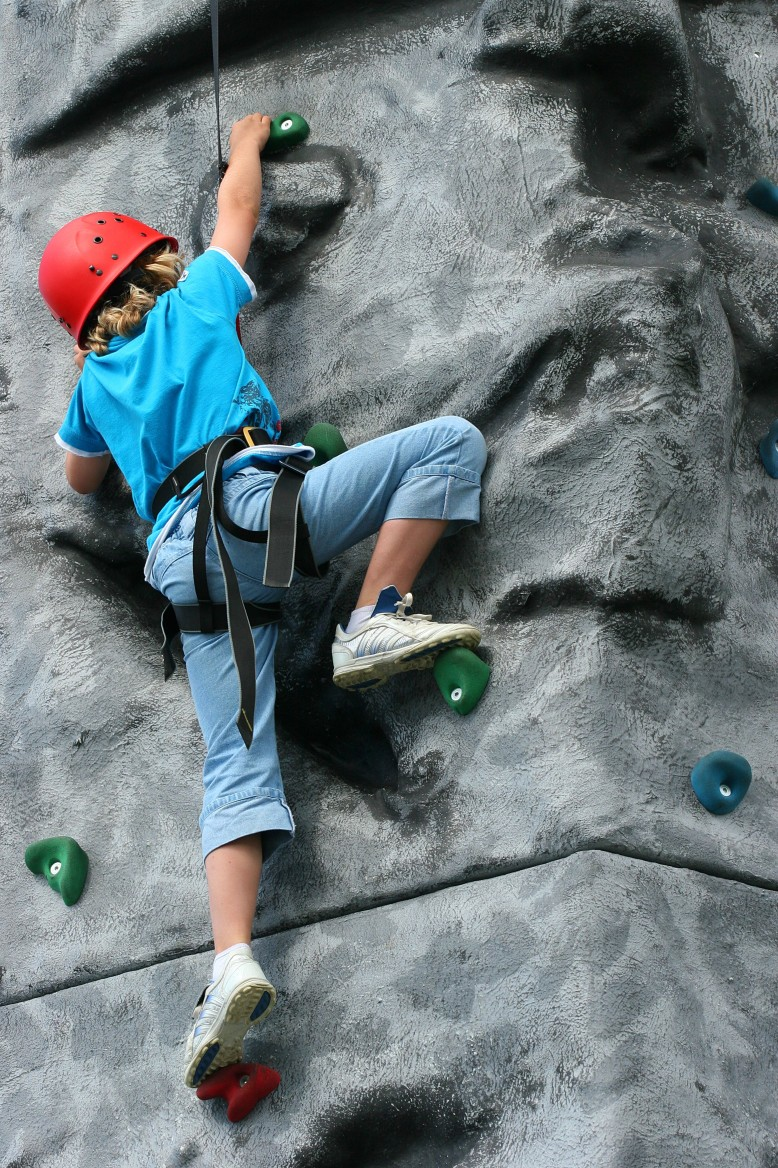 youth rockclimbing